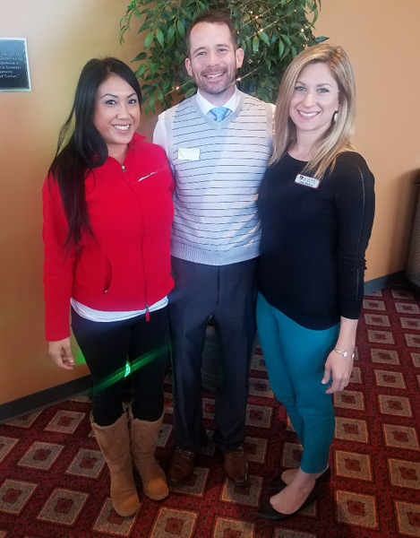 networking-luncheon-march